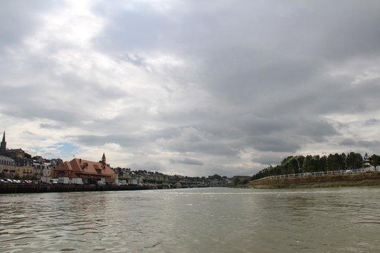 Le Bac de Trouville Deauville : traversée vers Deauville