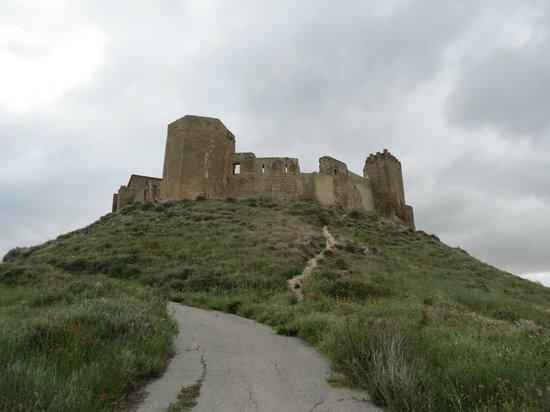 Castillo de Montearagón: Extérieur