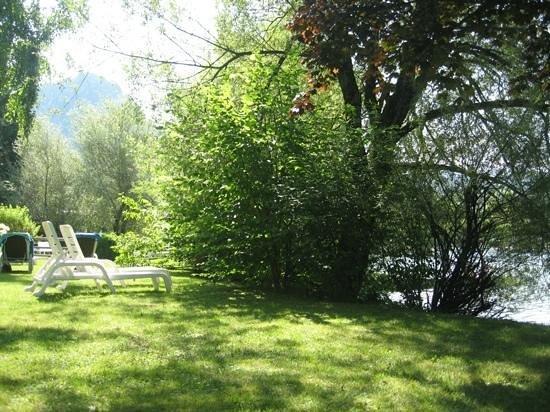 Hotel Schutzenhof: hotel garden