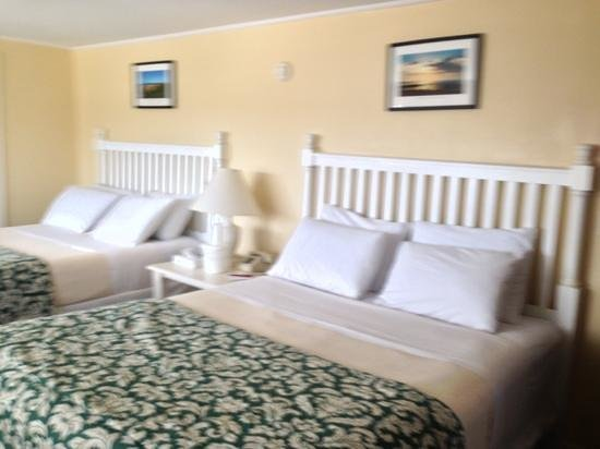 Martha's Vineyard Surfside Hotel: great room