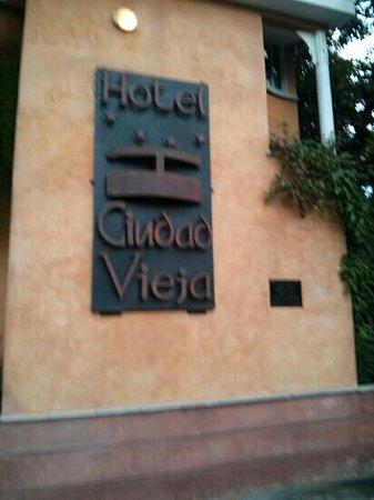 Hotel Ciudad Vieja : Front of hotel