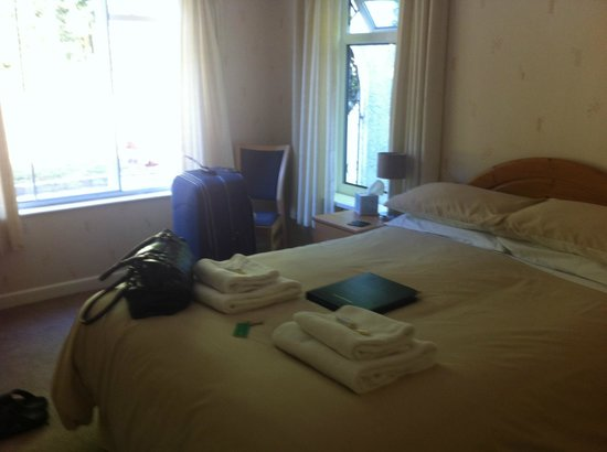Silverlands Guest House: Room 4, spacious and comfortable