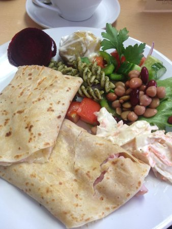 Bruks Coffee Shop: Beautiful ham & cheese crepe