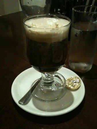 Mon Plaisir: Floater Coffee