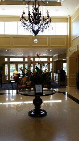 Inn at Pelican Bay: Lobby