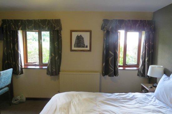 Hunter's Hall Inn: Room 1