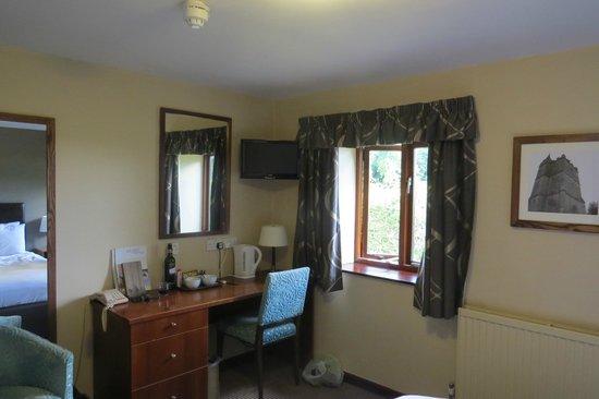 Hunter's Hall Inn: Room 2