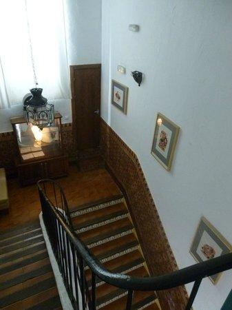 Hostel El Antiguo Convento: escalier