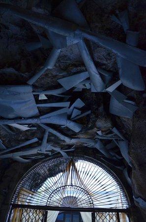 Santuario Santa Rosalia: Grotto ceiling