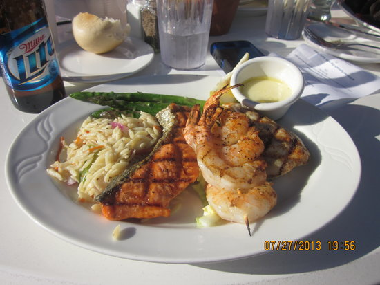 Boat Shed Restaurant: Seafood Trio