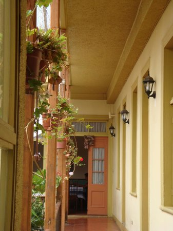 La Casa de Henao: Hall
