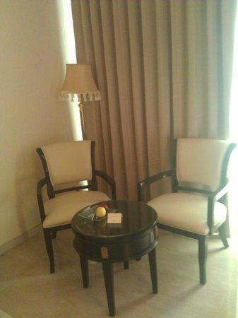 Royal Tulip Navi-Mumbai : In room dining area