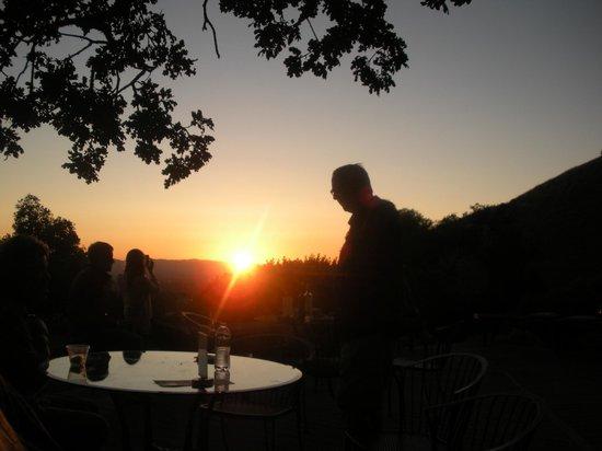 Paradise Ridge Winery: Sunset in Paradise