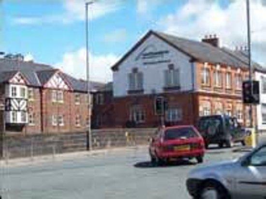 YHA Carlisle: Old Brewery from Caldewgate