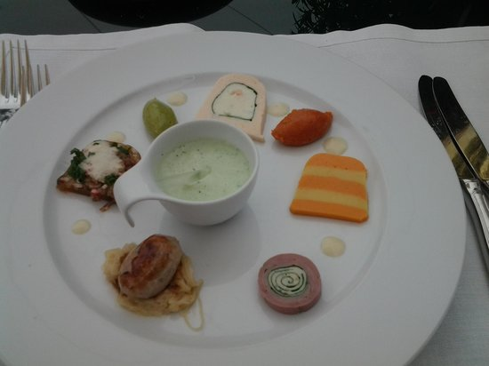 Hotel Restaurant Zur Krone: suprise from the kitchen