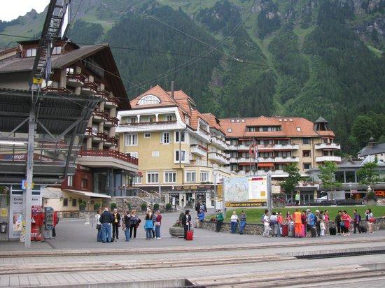 Hotel Silberhorn: Hotel von aussen