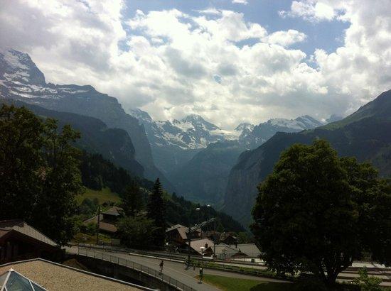Hotel Silberhorn: Aussicht aus dem Zimmer auf die Berge