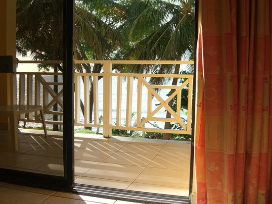 Tropikist Beach Hotel & Resort: view from the bed