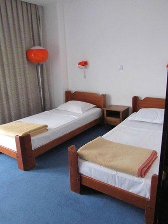 Slavija Hotel: room