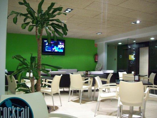 Odissea Park Aparthotel: restaurant
