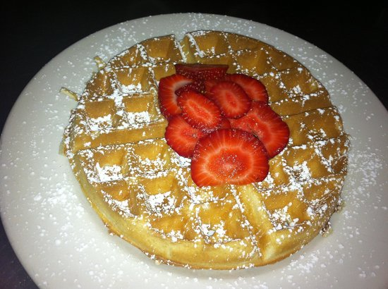 Luckies Cafe: Waffle