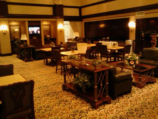 Homewood Suites by Hilton: Hotel dining area