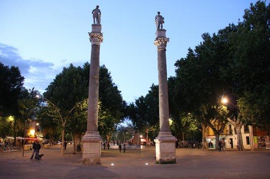 Al Solito Posto: The plaza where the restaurant is located.