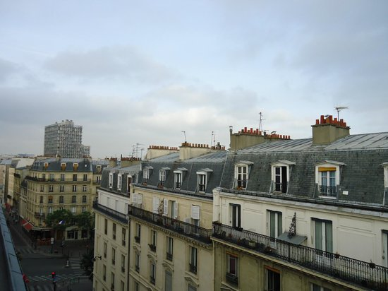 Kyriad Paris 13 - Italie Gobelins : Vista do quarto