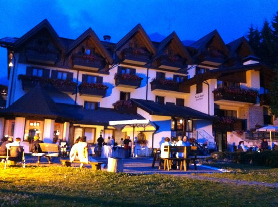 Piccolo Hotel Suite Resort: Il Piccolo di notte