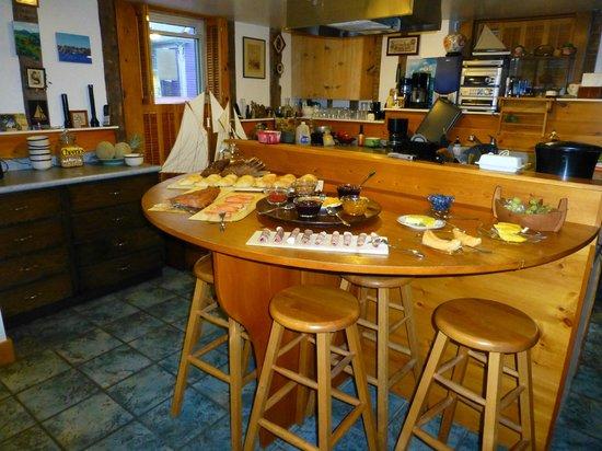 Sail Inn B&B: Frühstücksbuffet