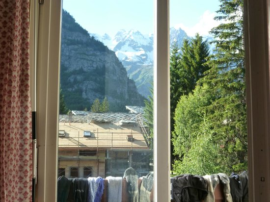 Hotel Bouton d'Or : view from bed - including socks drying!