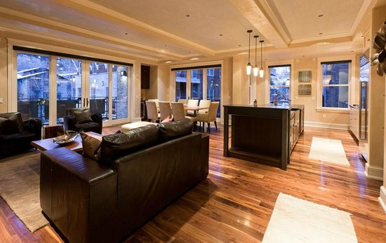 Auberge Residences at Element 52: Element 52 - Living Space