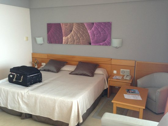 Gloria Palace Amadores Thalasso & Hotel: The room