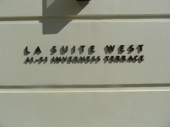 La Suite West - Hyde Park: La Suite West hotel sign from ground level street