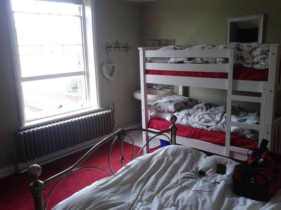 Glendower House: Bedroom