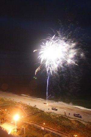 Courtyard by Marriott Carolina Beach: Weekly fireworks on Thursday nights