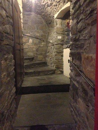 Hotel Dolonne : ...more corridors...