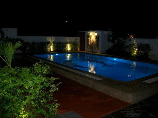 Siam Jasmine: De nuit