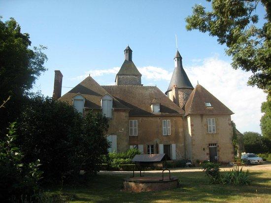 Chateau de Clusors: l'arrière du château