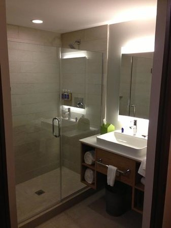 Hotel Vermont : nice shower