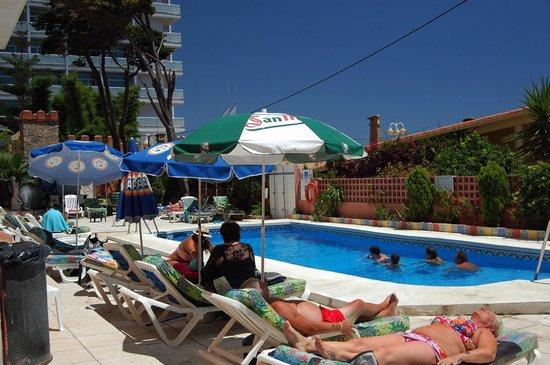 MedPlaya Hotel Villasol : The pool