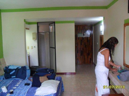 Hotel La Quinta Exxpres: AMPLIAS HABITACIONES