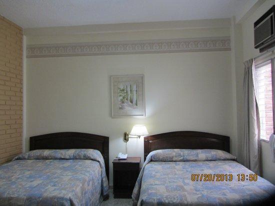 Hotel MacArthur: Comfy beds!
