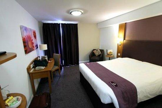 Premier Inn Stratford Upon Avon Waterways Hotel: Our room