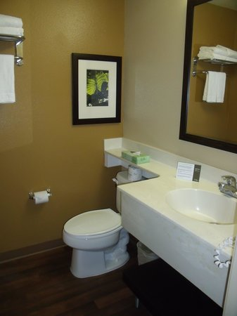 Extended Stay America - San Jose - Downtown: salle de bain