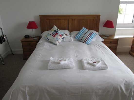 Trevenna Lodge: The bedroom