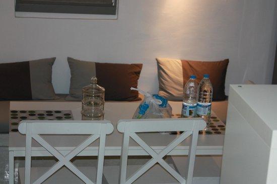 Naoussa Hills Boutique Resort: kitchen
