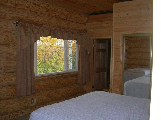 Alaska's Wasilla Bed and Breakfast: mountain view room