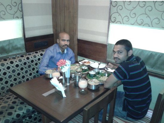 Hotel Ramanashree Richmond Circle: in restaurant