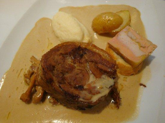 L'Artimon : AGNEAU CUIT 7 Heures avec girolles et foie gras